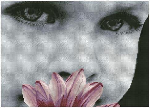 Малыш с цветком